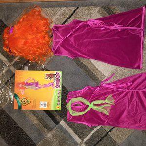 Daphne Halloween Costume!
